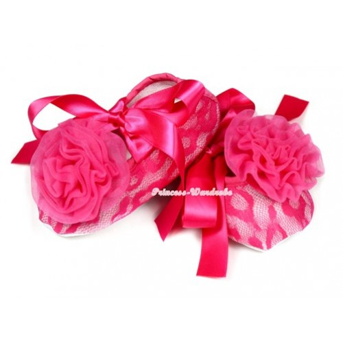 Hot Pink Lace Crib Shoes With Hot Pink Ribbon With Hot Pink Rosettes S585