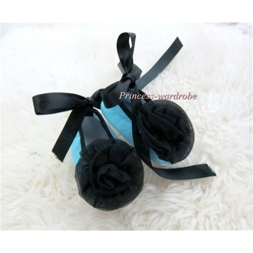 Black Ribbon Light Blue Crib Shoes with Black Rosettes S440