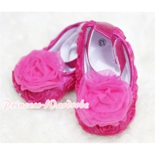 Baby  Hot Pink Crib Shoes with Hot Pink Rosettes S123
