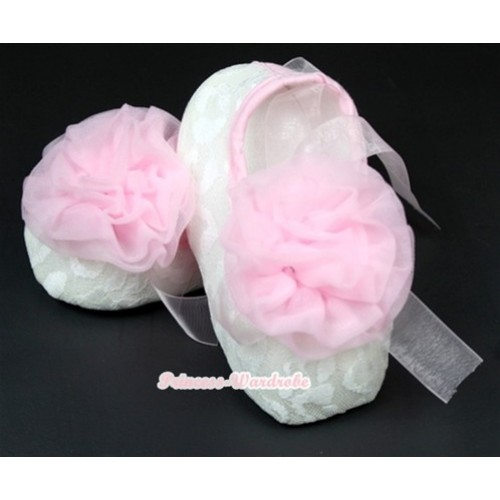 White Lace Crib Shoes With Light Pink Ribbon With Light Pink Rosettes S539