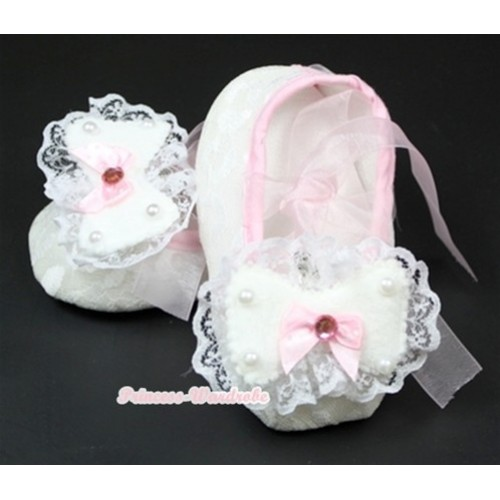 White Lace Crib Shoes With Light Pink Ribbon With Lace Bow S541