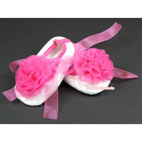 White Lace Crib Shoes With Hot Pink Ribbon With Hot Pink Rose S543