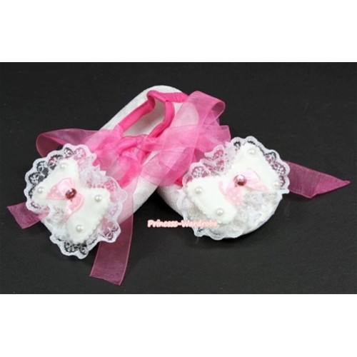 White Lace Crib Shoes With Hot Pink Ribbon With Lace Bow S548
