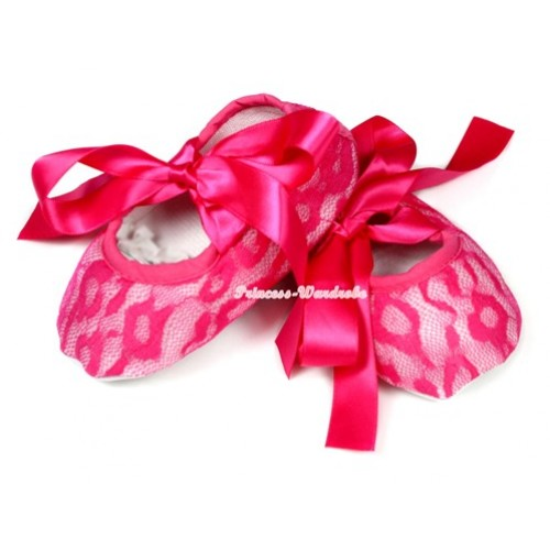 Hot Pink Lace Crib Shoes With Hot Pink Ribbon S583