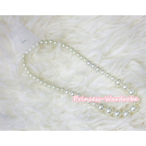 Pearl Plastic Bead Necklace NK011