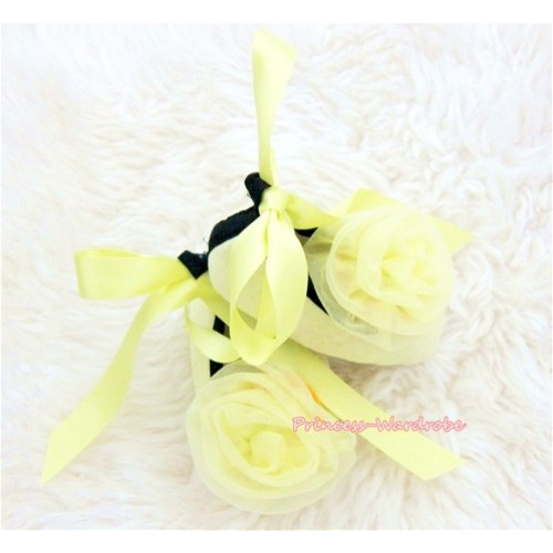 Yellow Ribbon Crib Shoes with Yellow Rosettes S428