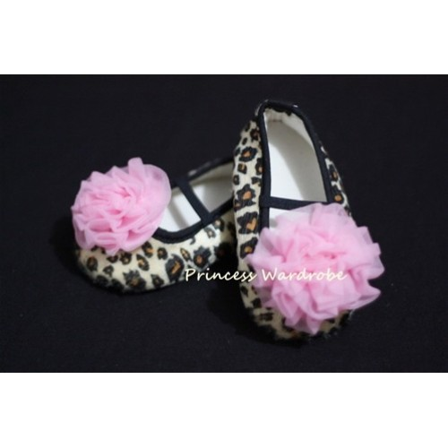 Baby Leopard Crib Shoes with Light Pink Rosettes S12